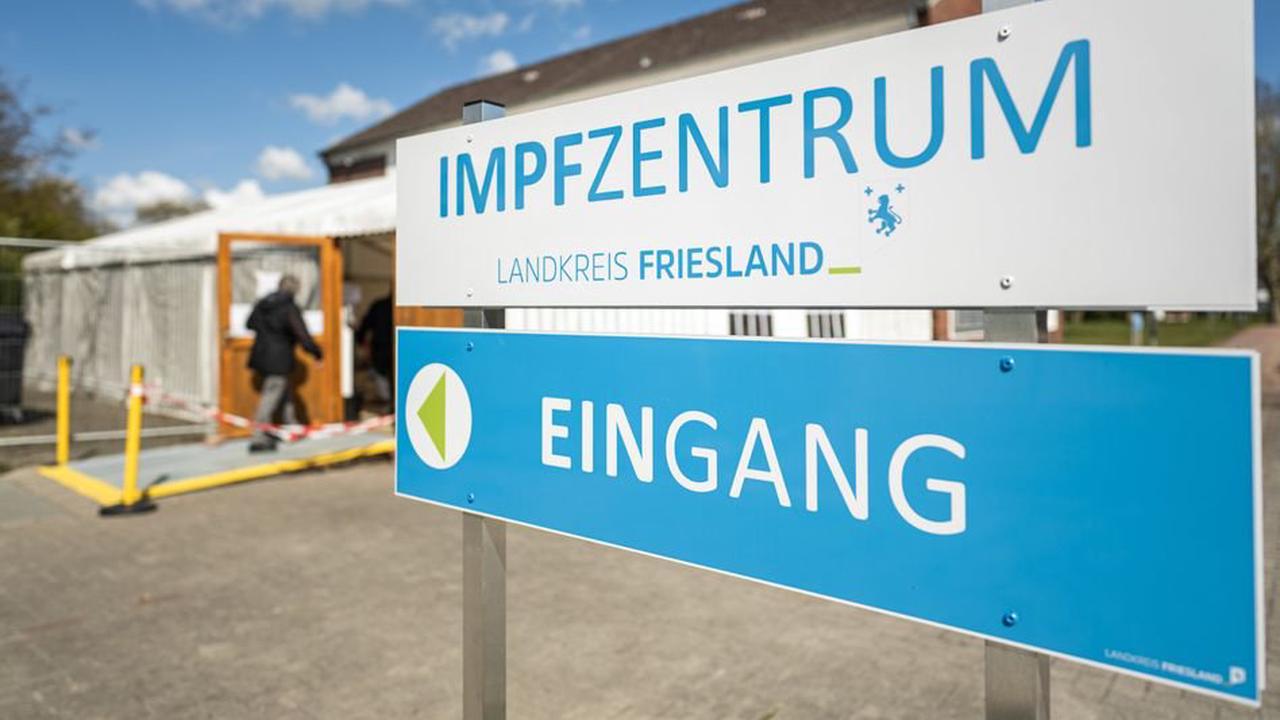 Kühlkette unterbrochen: Landkreis Friesland verabreicht spontan 600 Corona-Impfdosen