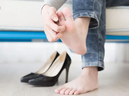 Got Itchy Feet? Here Is The Possible Solutions