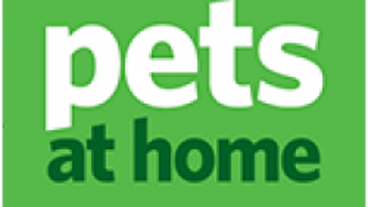 Pets at Home Group Plc (PETS.L) (LON:PETS) Receives GBX 295.63 Consensus PT from Analysts