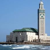 هل تجوز صلاة المسلمين في الكنائس؟ الإفتاء ترد