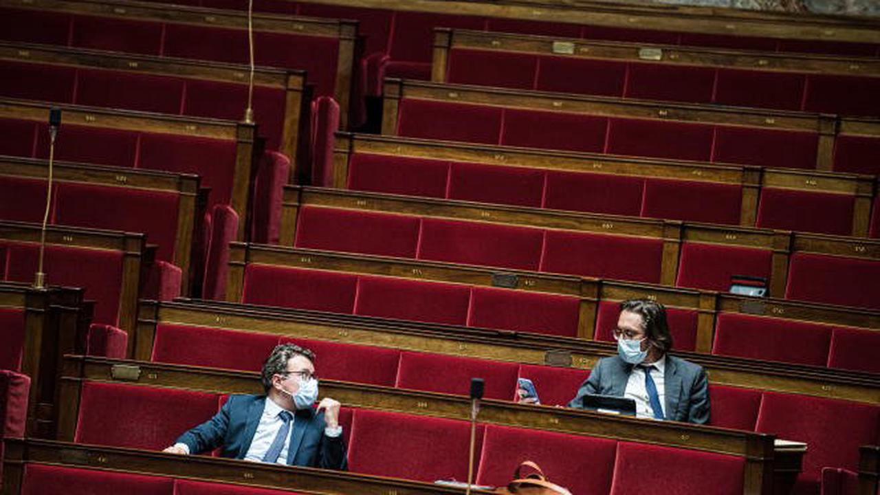 Au Parlement, la bataille des élus pour exister