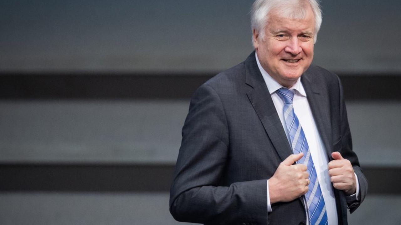 """Deutscher Innenminister kritisiert """"Egoismus"""" Österreichs"""