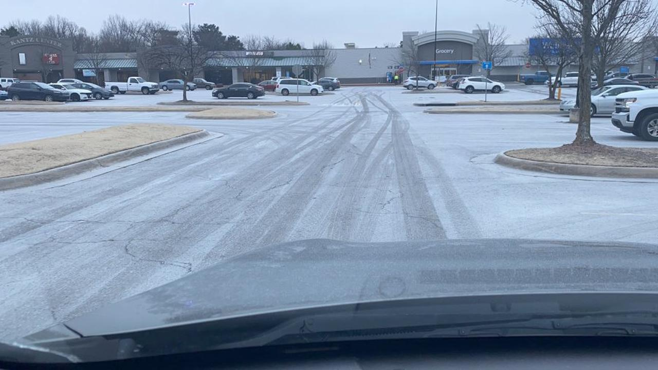 Light snow to continue to fall, and to melt, in the Peoria area