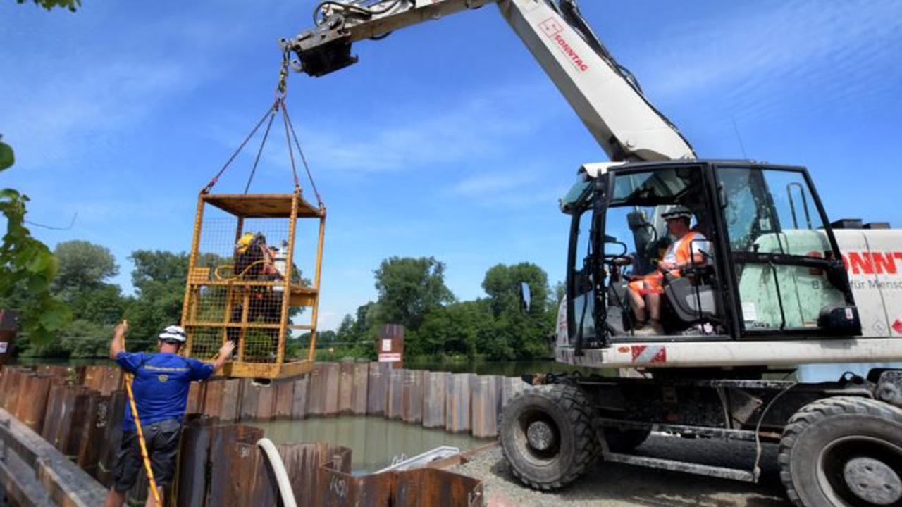 Offenbach: Baustelle mit Tauchereinsatz