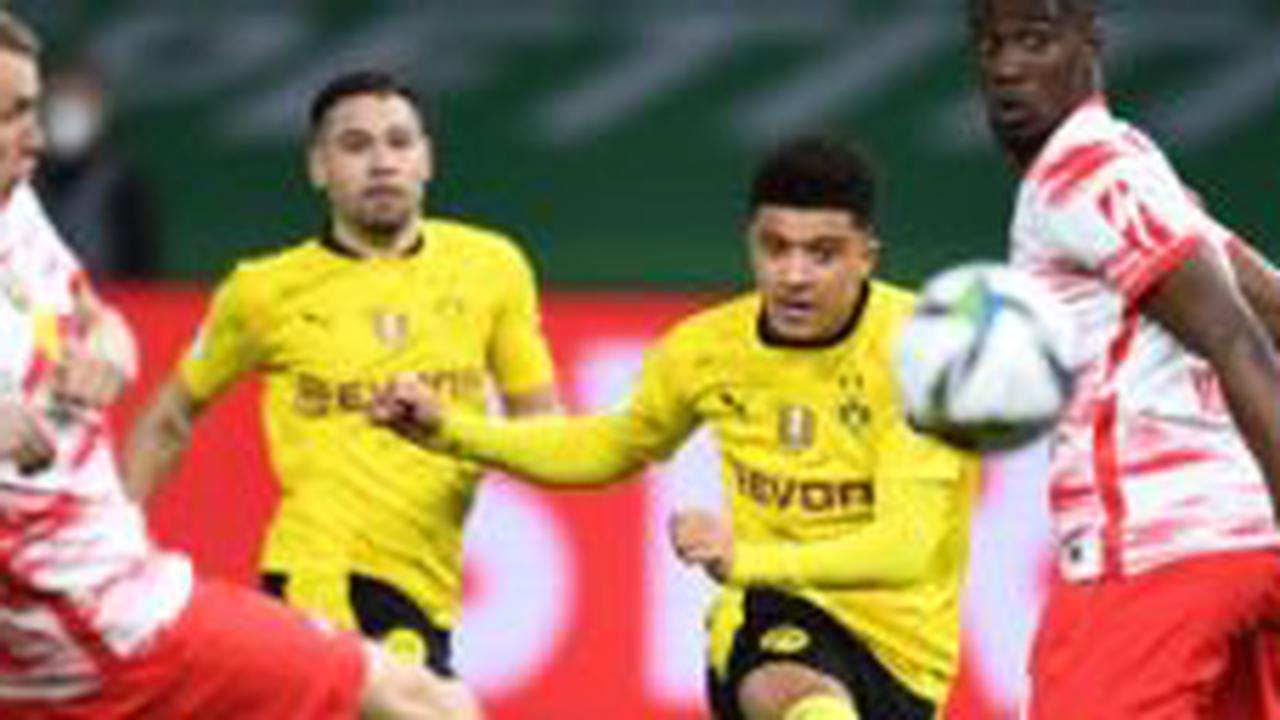 Transfer Talk: Man United, Dortmund could do Lingard-Sancho swap