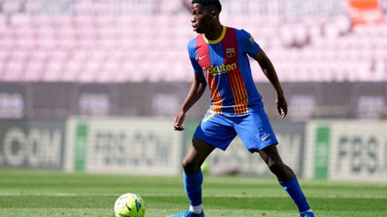 Chelsea considering swoop for Barcelona wonderkid amid contract stalemate