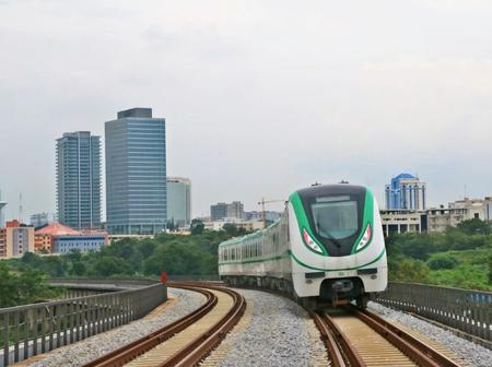 Take a look at 20 pictures of modern train railway led by president Buhari
