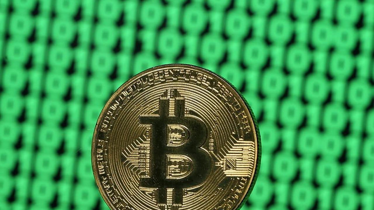 Le Bitcoin bat en retraite face aux $40k, Amazon dément prévoir d'accepter  le BTC - Opera News
