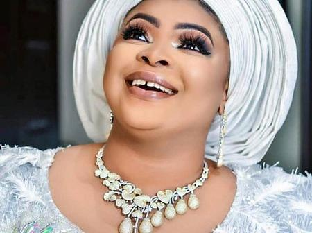 Dayo Amusa looks gorgeous in her new picture