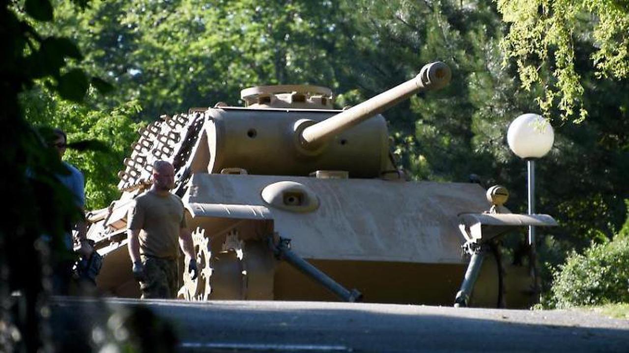 Panzer-Besitzer: Bewährung wegen Waffenbesitzes möglich