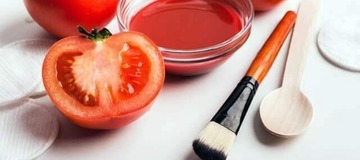 Use Tomatoes to make your face FLAWLESS: Simple steps to follow!