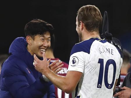 The Son and Kane show continues. The best duo in the club history.