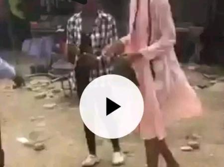 Une jeune fille humiliée par un pasteur pour avoir exposé son corps, voyez ce qui s'est passé ensuite