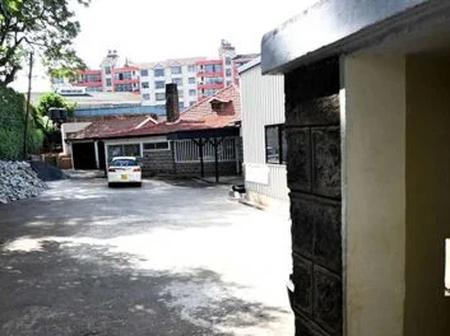Ruto and his allies kicked out of Jubilee Asili building