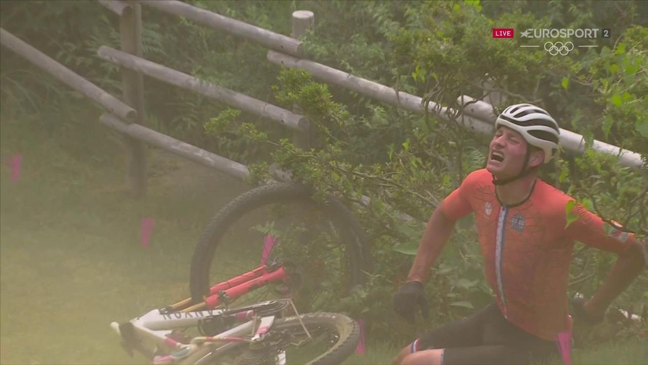 Tokyo 2020 - Mathieu van der Poel avoids broken bones after heavy crash in Olympic mountain bike cross-country