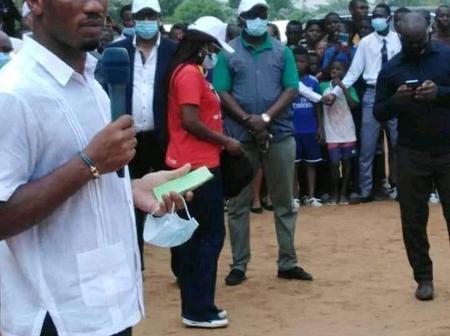 Didier Drogba aux élèves d'Abobo :
