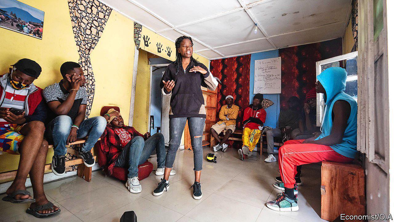 Spoken poetry finds fans in eastern Congo