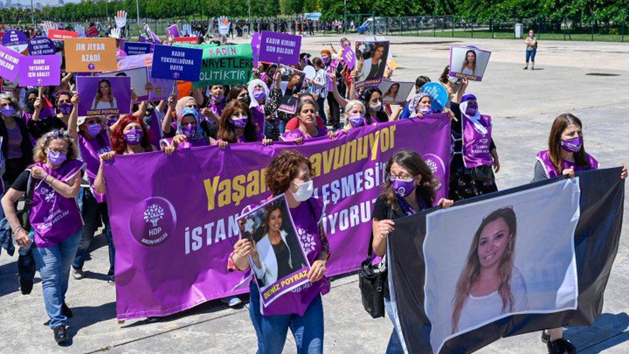 Gewalt gegen Frauen - Demonstration in der Türkei gegen Austritt aus Istanbul-Konvention