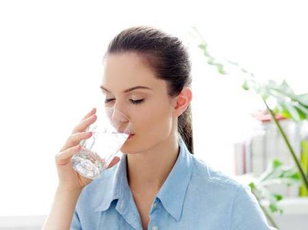 Check Out The 3 Benefits Of Drinking Warm Water Daily