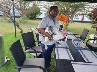 A Photo COTU SG Francis Atwoli Gift From his Taxi Driver That Has left Kenyans Talking