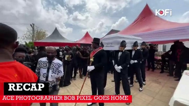 33d0ba1607d94eb5b0b7b3dea6faae6e?quality=uhq&resize=720 - The Moment The Popular Dancing Pallbearers Carried The Coffin Of Bob Pixel For Burial With A Display