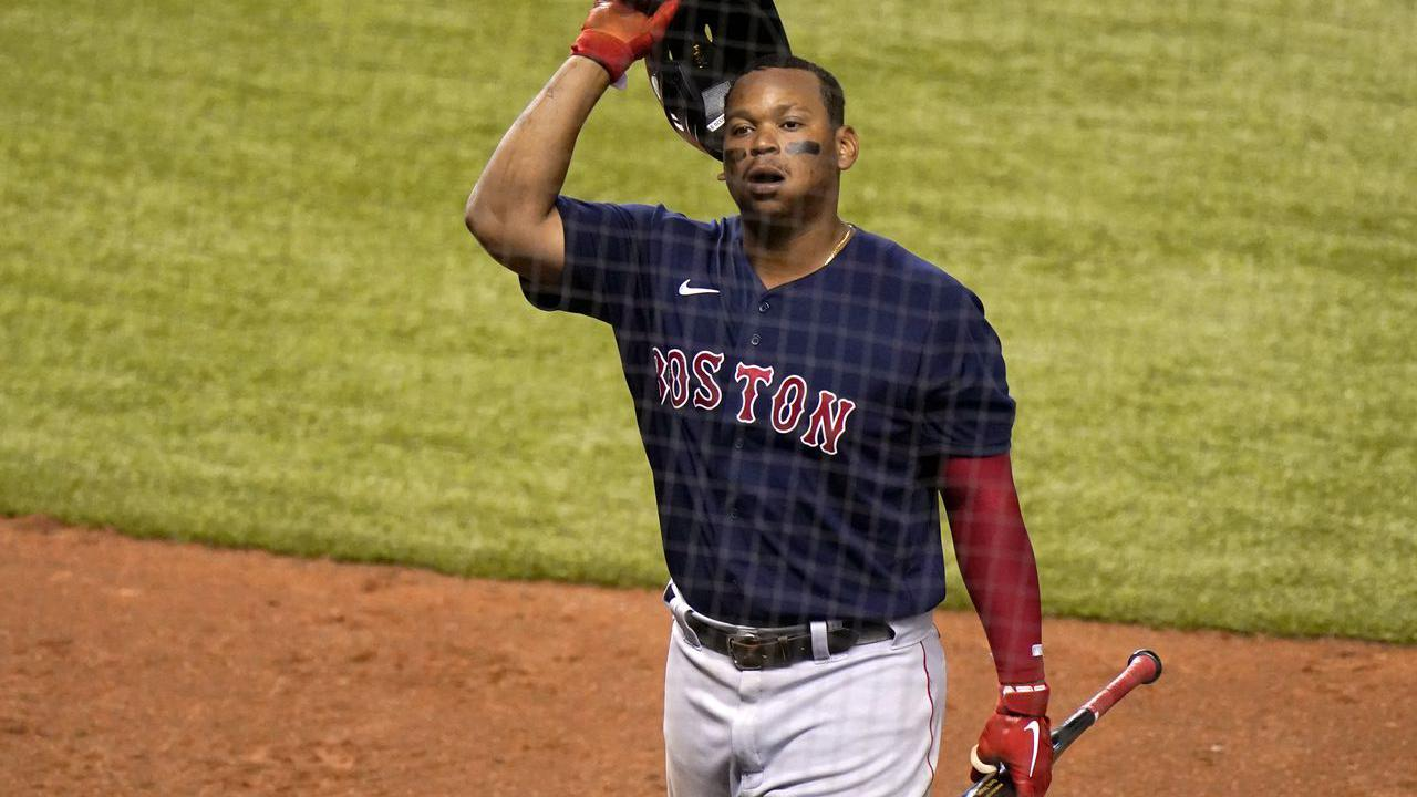 Red Sox, 3B Devers agree on $4.575M deal