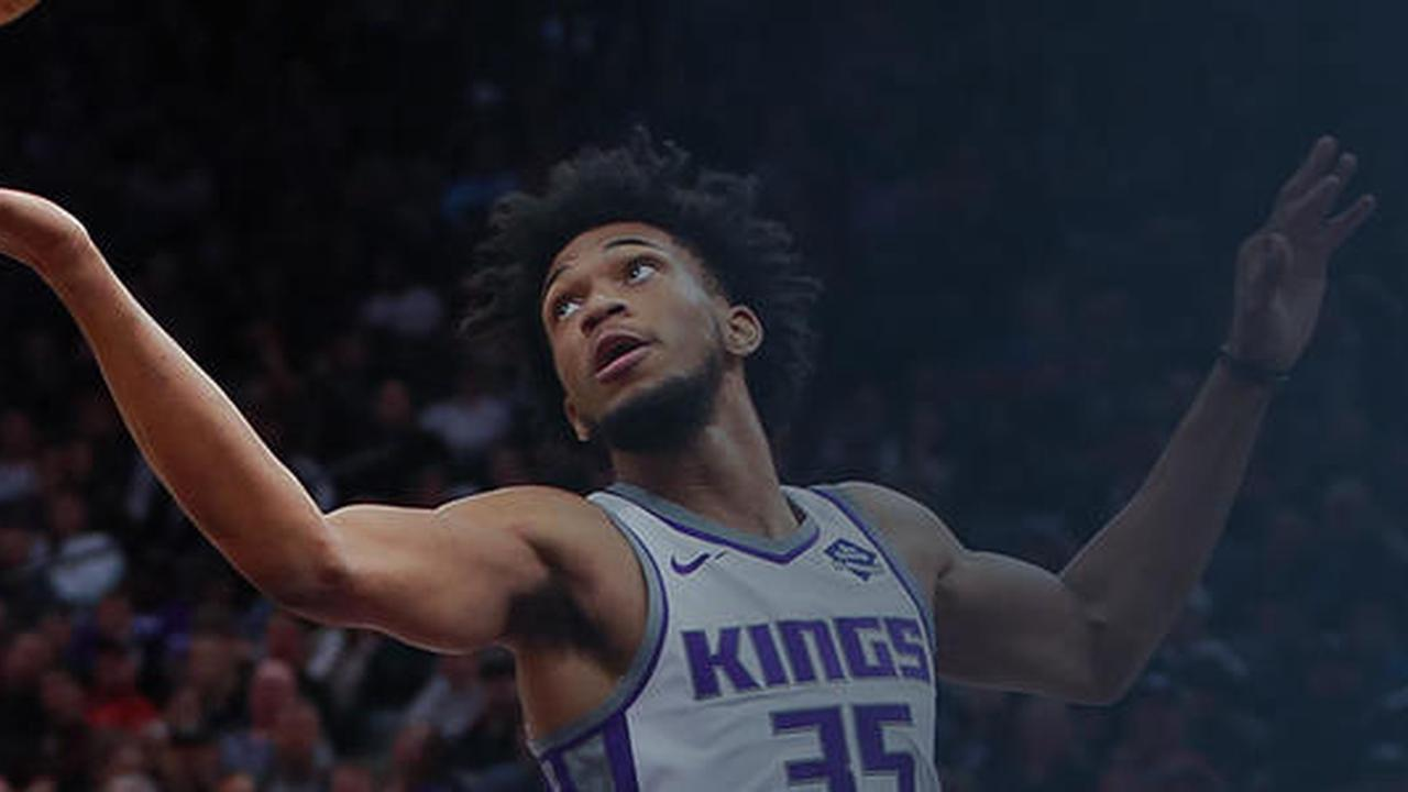Kings' Marvin Bagley: Leads Kings with 15 points