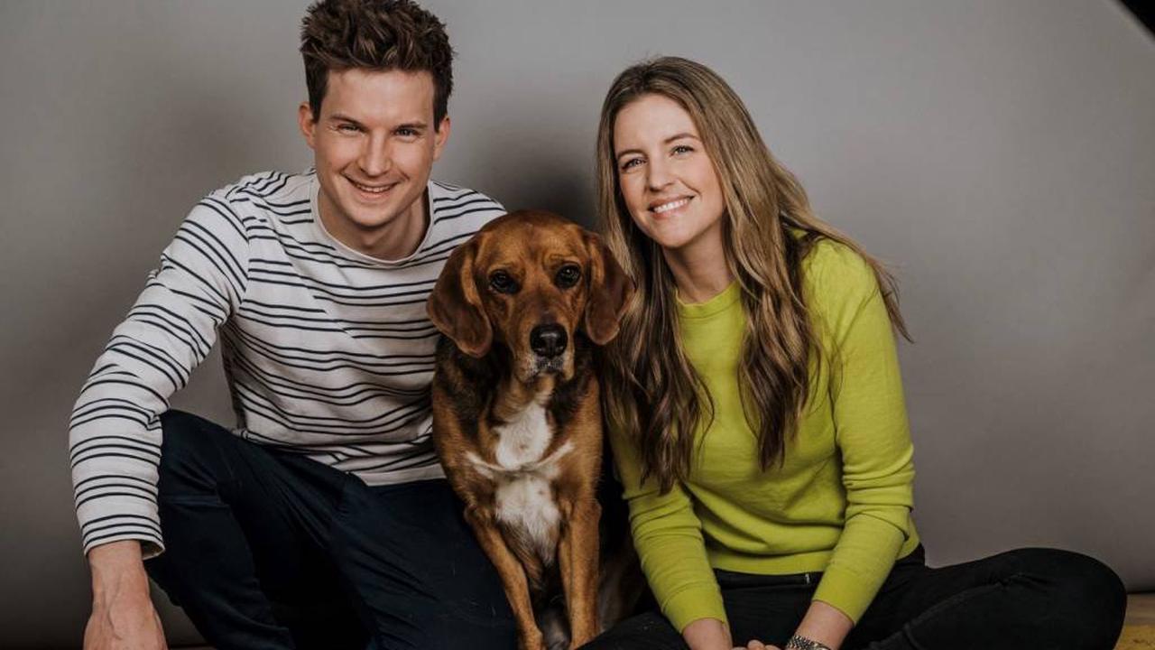 Promis und ihre Haustiere: Jennifer Sieglar & Tim Schreder mit Maja