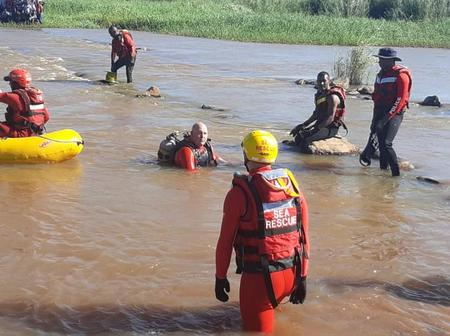 The child (5) drowned while the mother was washing in the river
