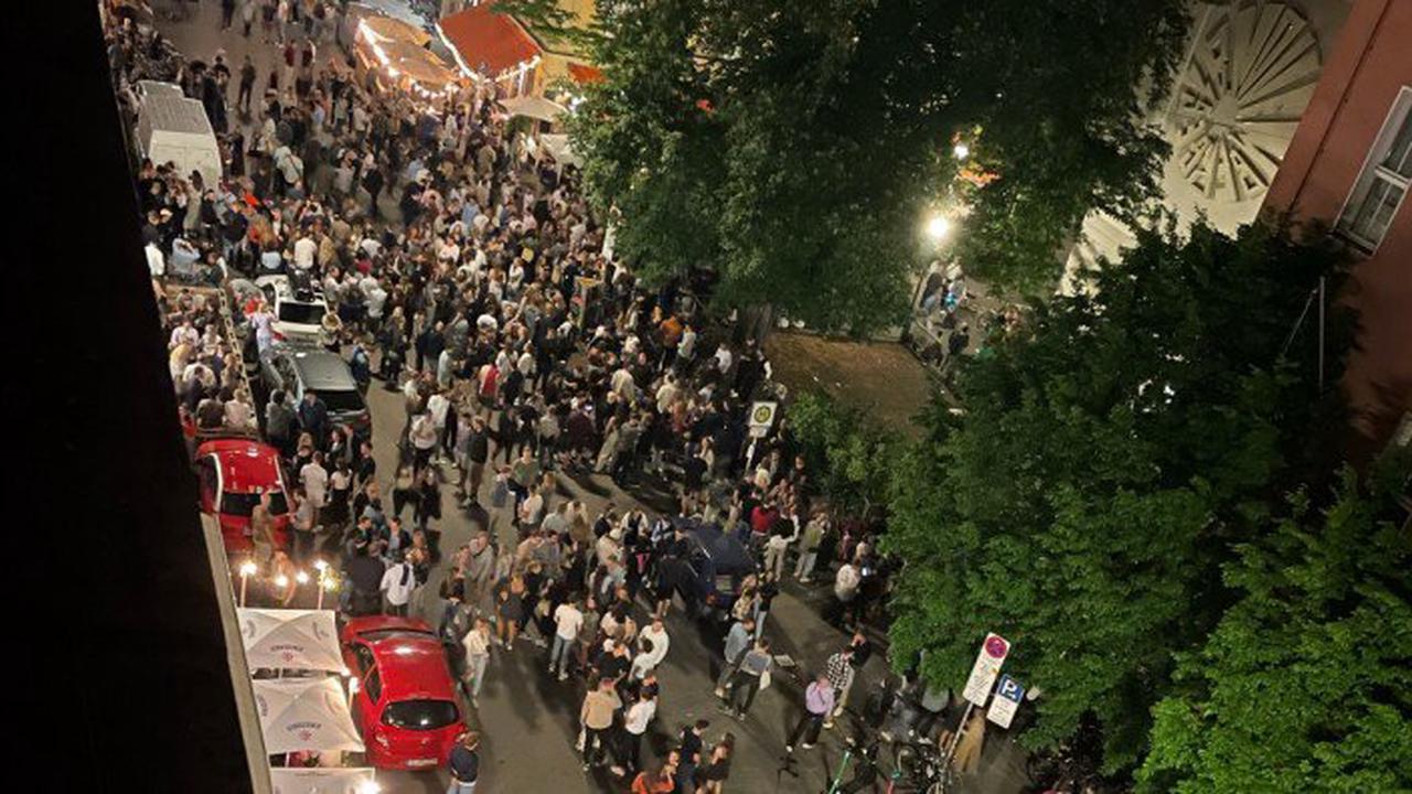 Tausend Partygäste vor der Tür
