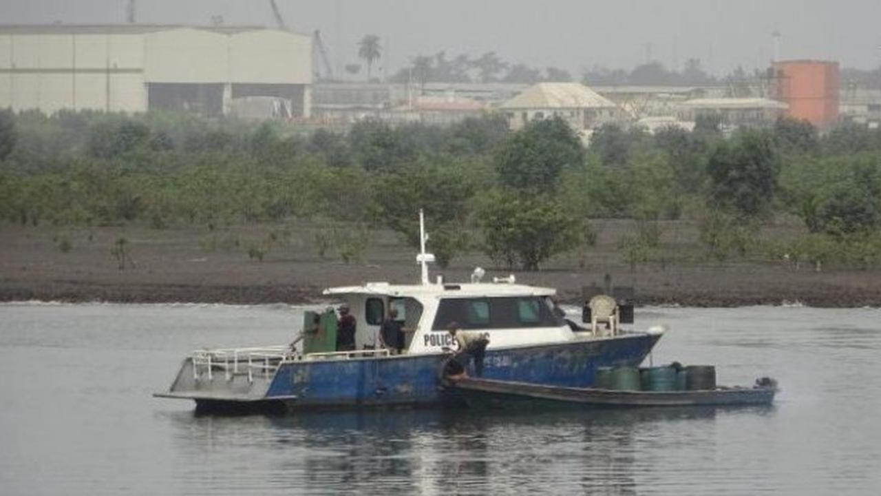 Pirates kill 1, kidnap 15 crew of Turkish ship off W. Africa