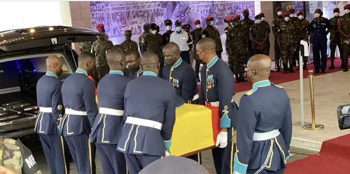 35acd041693e41ff9357860f153c07f0?quality=uhq&resize=720 - Sad Moment: How Body Of The Late Papa J Got Departed In A Long Convoy From The AICC, Awaiting Burial