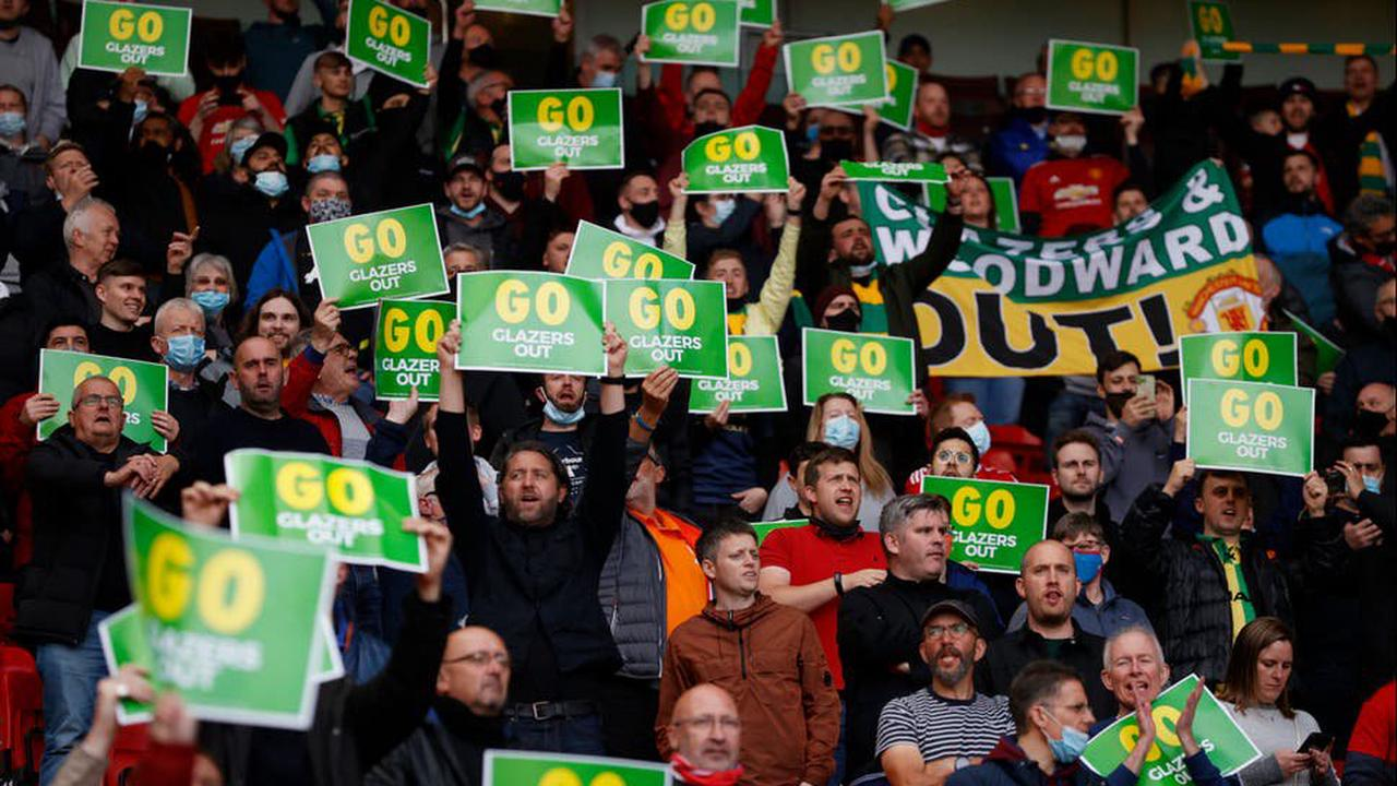 'Glazers out' - Man United fans demand exit on Old Trafford return