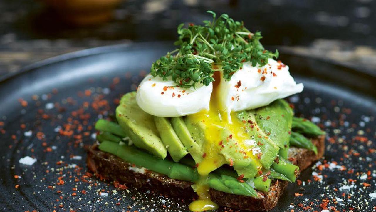 Ketogenic diet and sleep issues: Here's what you need to know before going keto