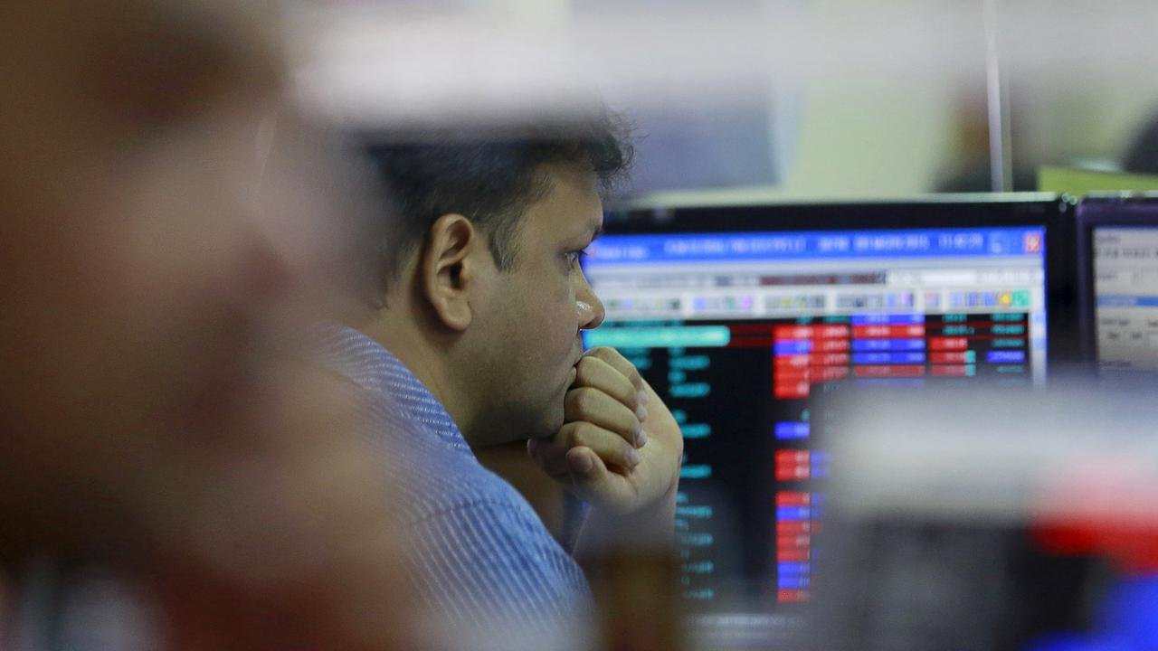 Indian shares set for strong weekly gains, metal stocks surge