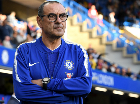 Maurizio Sarri owes Chelsea fans an unreserved apology for this reason