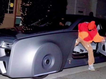 How Justin Bieber spends his R4.25 Billion fortune: See his 'floating' Rolls-Royce