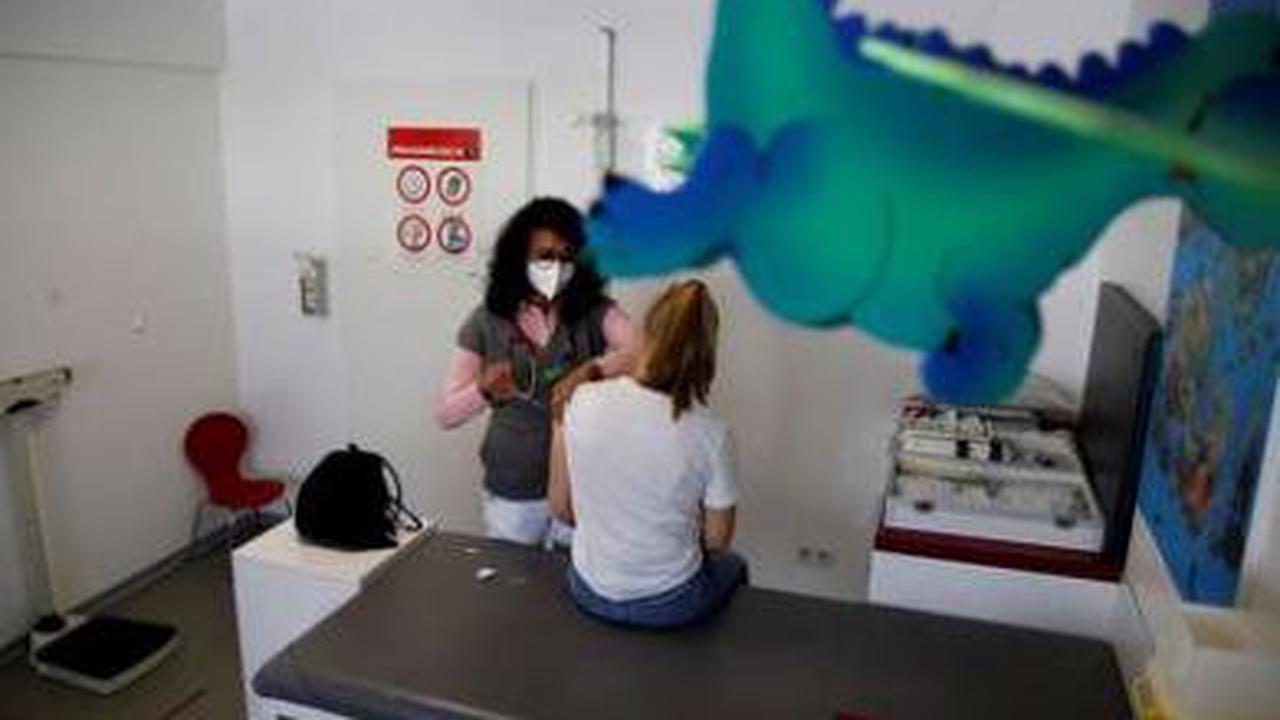 Bayern und Berlin für Impfangebote an Kinder und Jugendliche