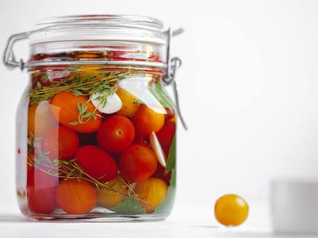 Check out different methods for preserving fresh tomatoes for a long time other than refrigerating