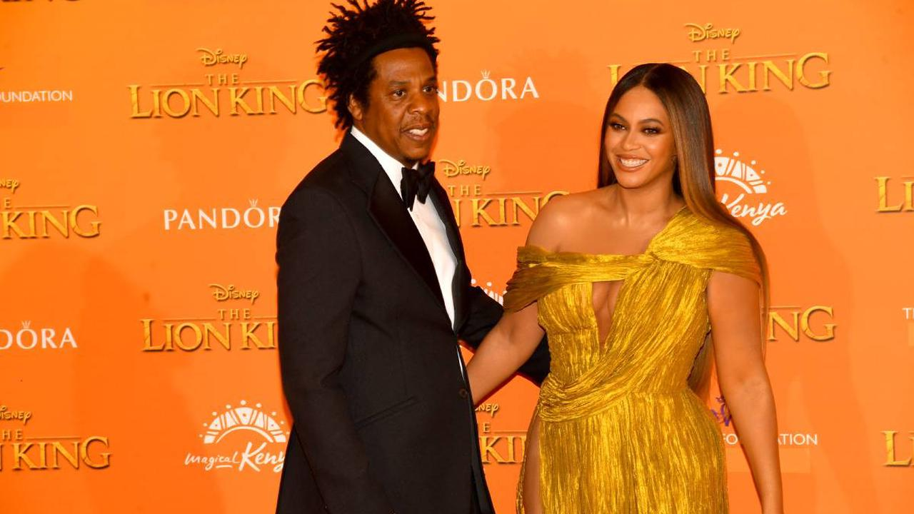 Beyoncé flies into New York by helicopter for romantic lunch date with Jay-Z