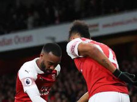 Aubamenyang and Lacazette can play together.