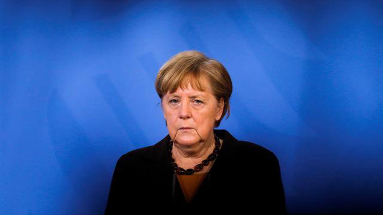 Merkel demanded Putin reduce Russian troops around Ukraine: German statement