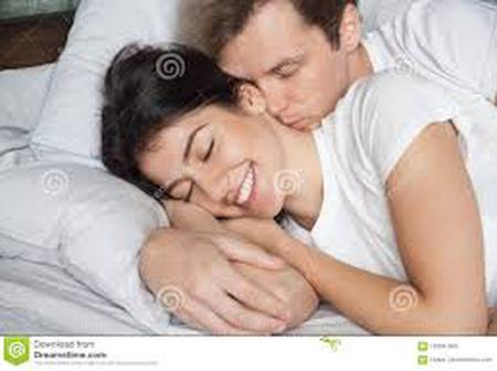 Wake Your Wife Up From Sleep With These Romantic Words