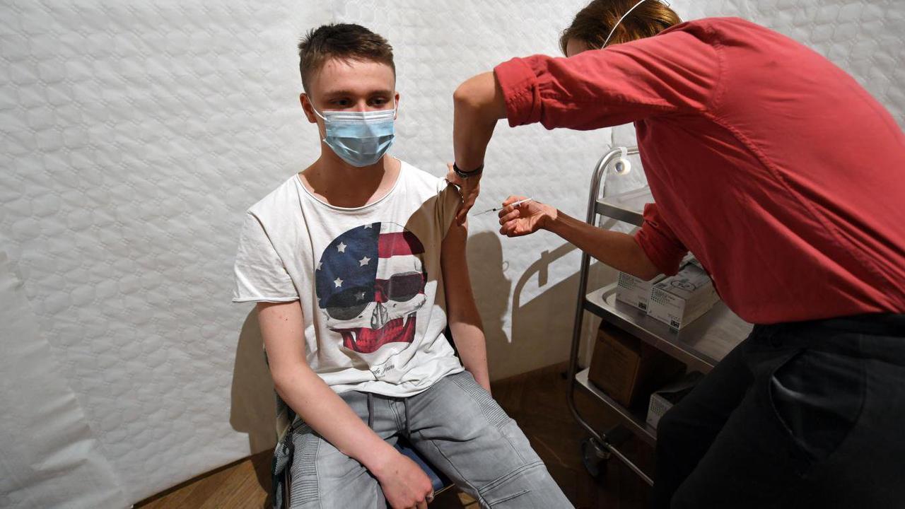 Vaccination des ados. Les mineurs ont-ils le droit de la refuser contre l'avis de leurs