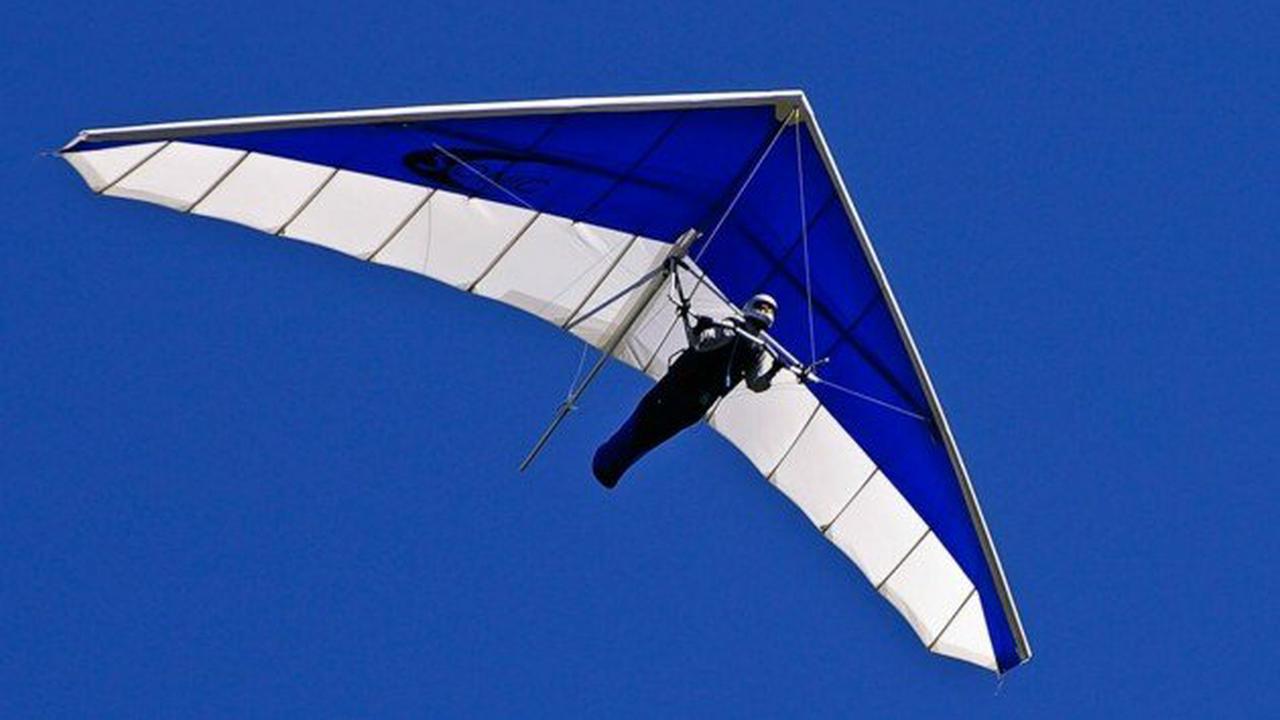 Geriet in Turbulenzen: Drachenflieger erlitt bei Absturz tödliche Verletzungen