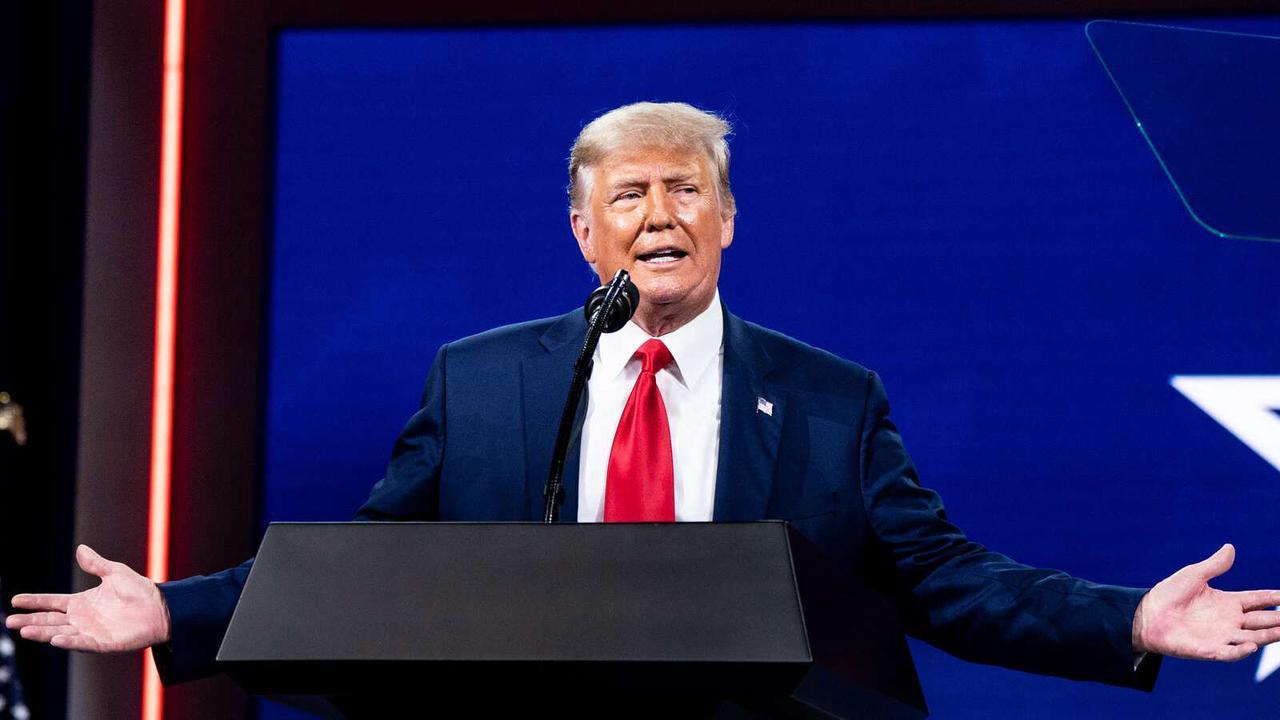 'A Tremendous Complication': G.O.P. Dances Around Trump's Lingering Presence