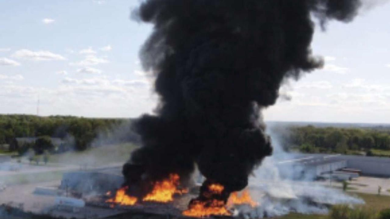Fire chief, witnesses react after propane plant explosion in Marshfield