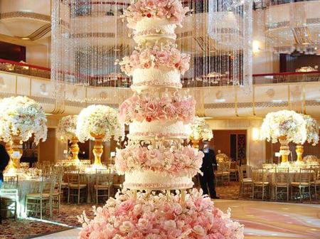75 Million Dollar Engagement Cakes