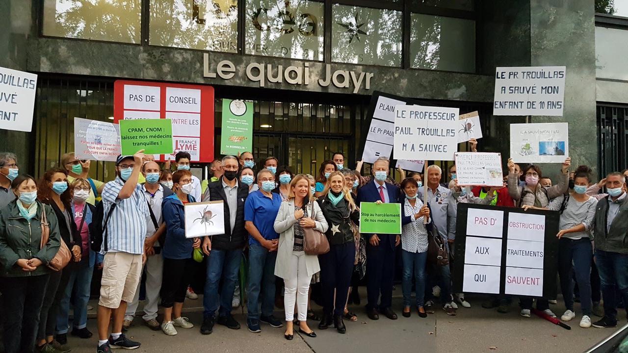 A Lyon, France Lyme se mobilise pour défendre le Pr Trouillas