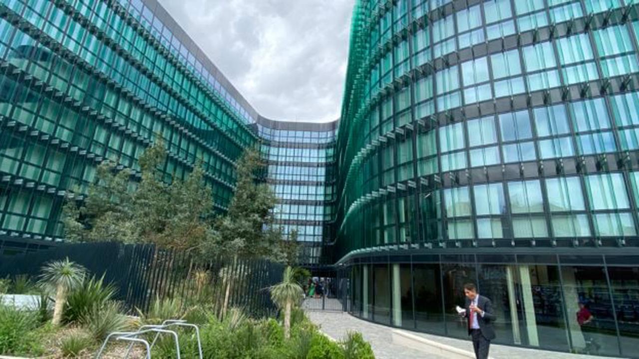 IMAGES. Seine-Saint-Denis : un incendie ravage deux appartements à Clichy-sous-Bois
